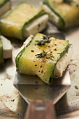 Fried sheep's cheese wrapped in courgette with thyme