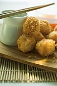 Breaded shrimp balls with sauce (Asia)