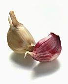 Unpeeled garlic cloves