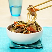 Asian noodle stir-fry with beef and sesame