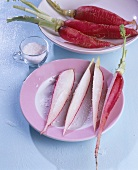 Long red radishes with coarse salt
