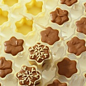 Home-made sweets: chocolate and white chocolate stars