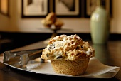 Dried fruit muffin