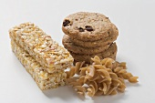 Wholemeal biscuits, wholemeal pasta and muesli bars