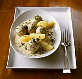 Königsberger Klopse (meatballs in white sauce with capers), potatoes
