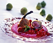 Deep-fried figs with berry sauce