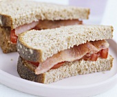Bacon and tomato sandwiches
