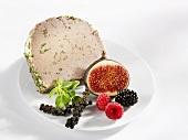 Pork liver pâté with fresh fruit