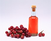 Wine vinegar and grapes