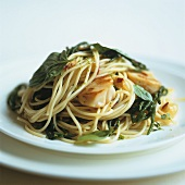 Spaghetti with scallops and rock samphire