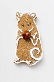 Gingerbread mouse with hazelnut