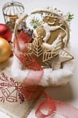 Gingerbread man & assorted gingerbread biscuits in basket