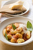 Gnocchi with tomato sauce, Parmesan and basil