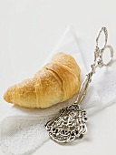 Croissant and pastry tongs