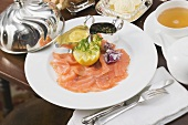Smoked salmon, butter and tea