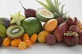 Exotisches Früchtestilleben