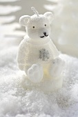 Christmas decoration: polar bear in snow