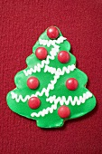 Christmas biscuit (Christmas tree with chocolate beans)