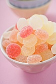 Jelly sweets in pink bowl