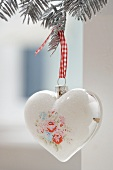 Tree ornament (painted silver heart)