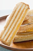 Cheese toasties (close-up)