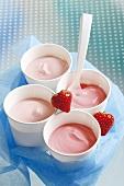 Strawberry yoghurt in four pots