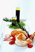 Gegrillte Riesengarnelen,Rosmarin,Olivenöl-Balsamico-Dressing