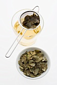 Blueberry leaf tea (made with dried blueberry leaves)