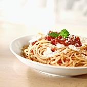 Spaghetti with tomato sauce and Parmigiano