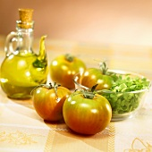 Tomatoes, lettuce and olive oil