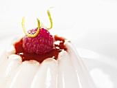 Vanilla blancmange with raspberry sauce