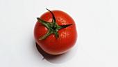 Eine sich drehende Tomate