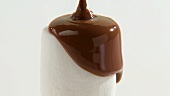 Coating marshmallow with chocolate