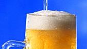 Bier in einen Bierkrug