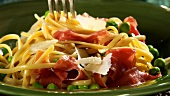 Linguine with prosciutto, peas and Parmesan