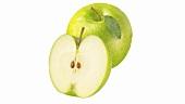 Granny Smith Äpfel, ganz und halb
