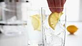 Gin Tonic zubereiten