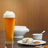 Weisswurst (veal sausages) with mustard & wheat beer (Bavaria)