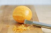Ente à L' orange, Orangenschale wird abgezogen. Step.:5