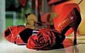 rote High-Heels, hochhackige Schuhe Pumps, Stöckelschuhe, Absatz