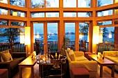 """Die """" Taittinger Lounge """" im Wein- hotel """" Wineport Lodge"""", Irland"""