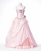 rosa Hochzeitskleid, freigestellt