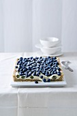 Blueberry tart with white chocolate cream
