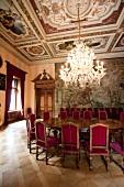 Schloss St. Emmeram, großes Esszimme r, Kronleuchter