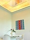 weiße Küche im Schloß Erkersreuth abgehängte Decke, ROSENTHAL