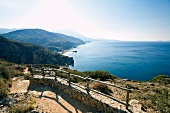 Kreta: Ausblick, Gebirge, Meer, Préveli Strand, malerisch