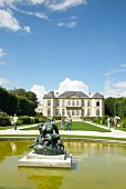 View of tourist and fountain in front of Rodin Museum, Paris, France