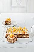 Apfelkuchen mit Buttercreme & karamellisierten Äpfeln