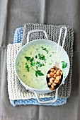 Parsley soup with croutons