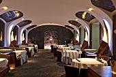 """Innenraum, Gastraum, Innenansicht, Restaurant """"Silvio Nickol"""", Wien"""